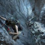 Shadow of the Tomb Raider - Лара Крофт карабкается по скале